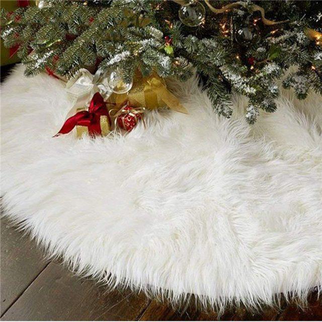 Aiseno Faux Fur Plush Decoration Christmas Tree Skirt