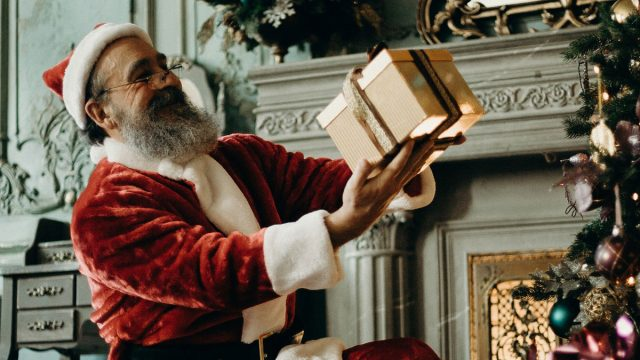 The Complete History of Santa Claus (Origins of Christmas)
